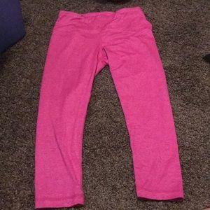 Medium pink yoga pants 90 degree